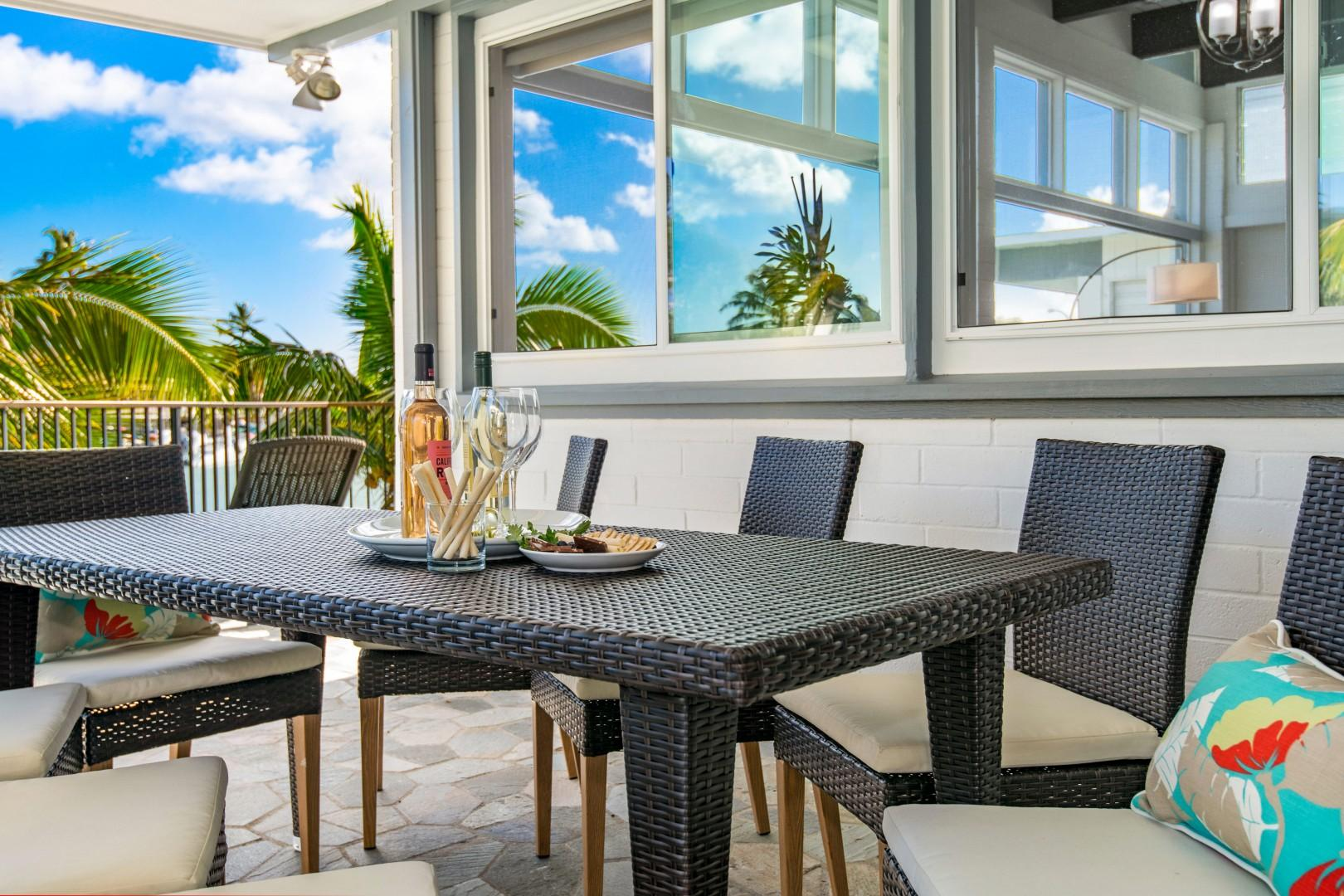 Outdoor dining and BBQ lanai.