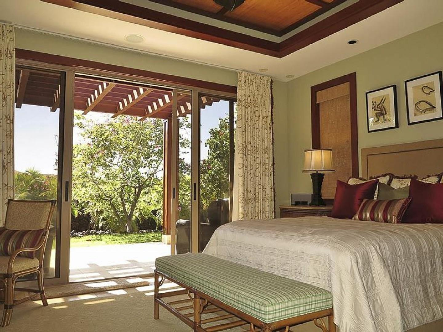 Guest Bedroom 2 with Large Private Lanai