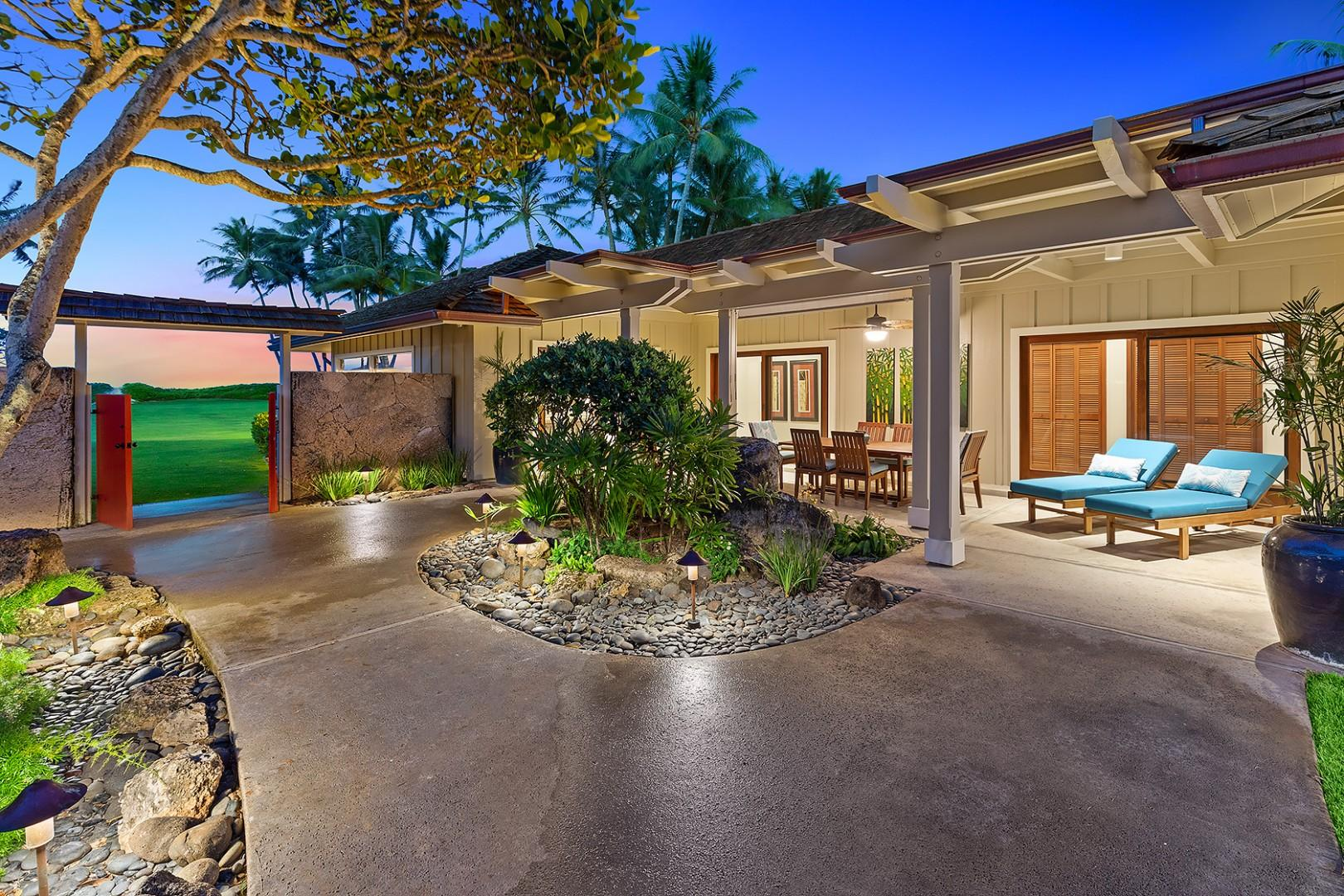 Beach House - Outdoor Lanai and Outdoor Dining