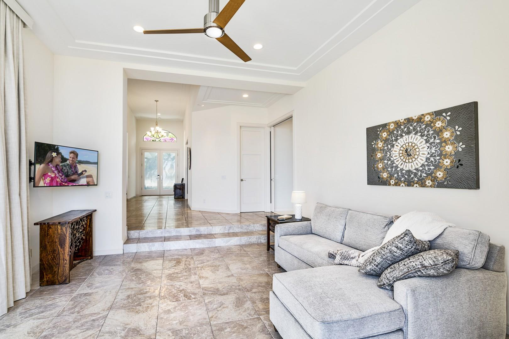 Bonus room with ocean views, lanai access, smart TV, and pull out sofa!