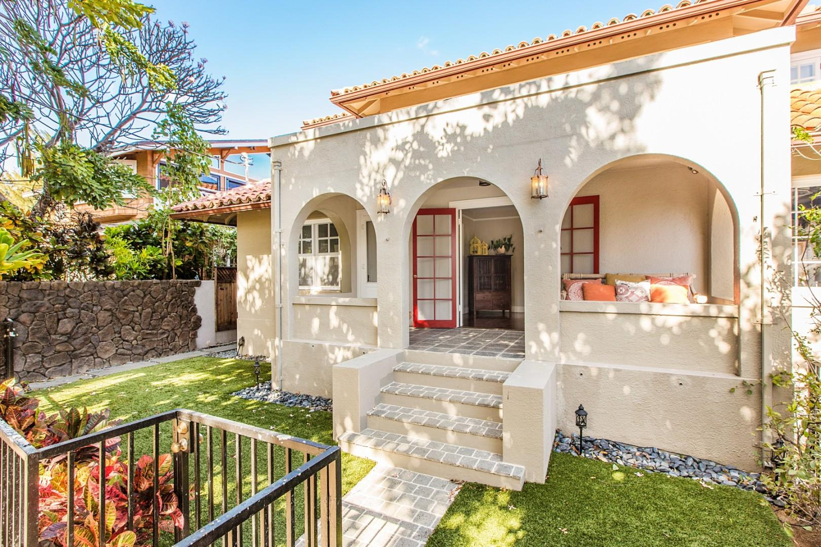 Spanish Colonial Revival style.
