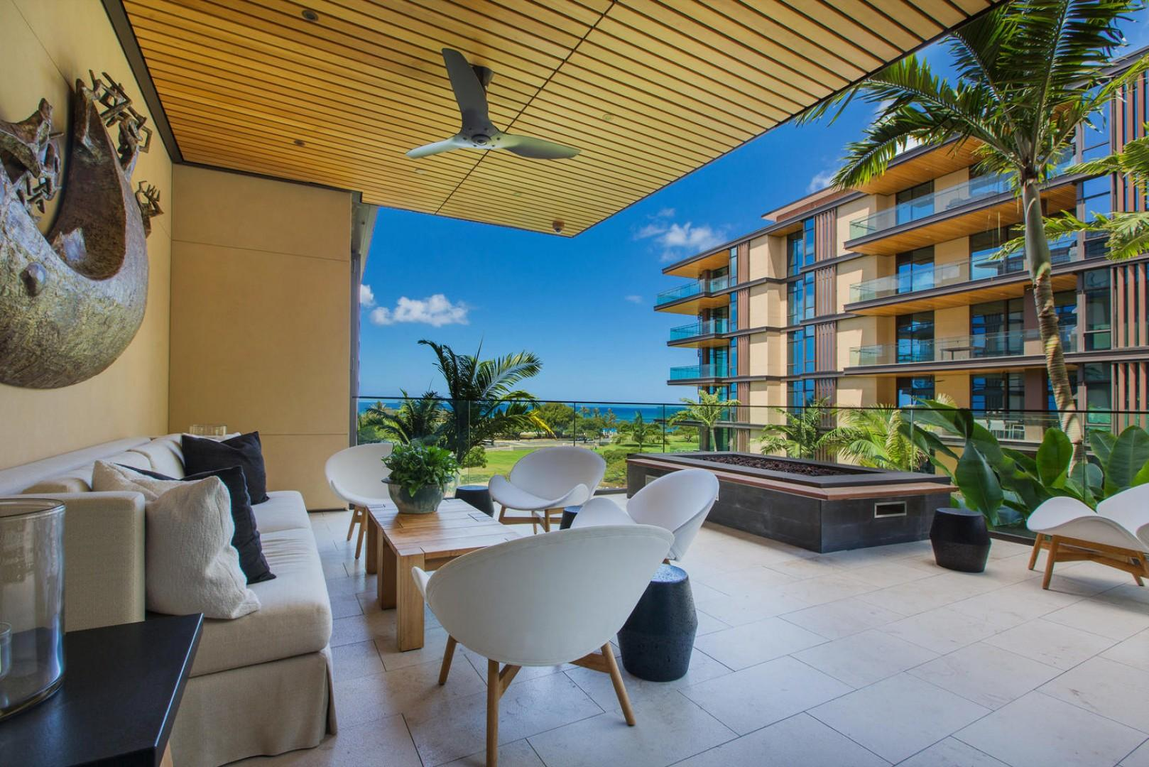 Club Lounge with Lanai and Fire Pit
