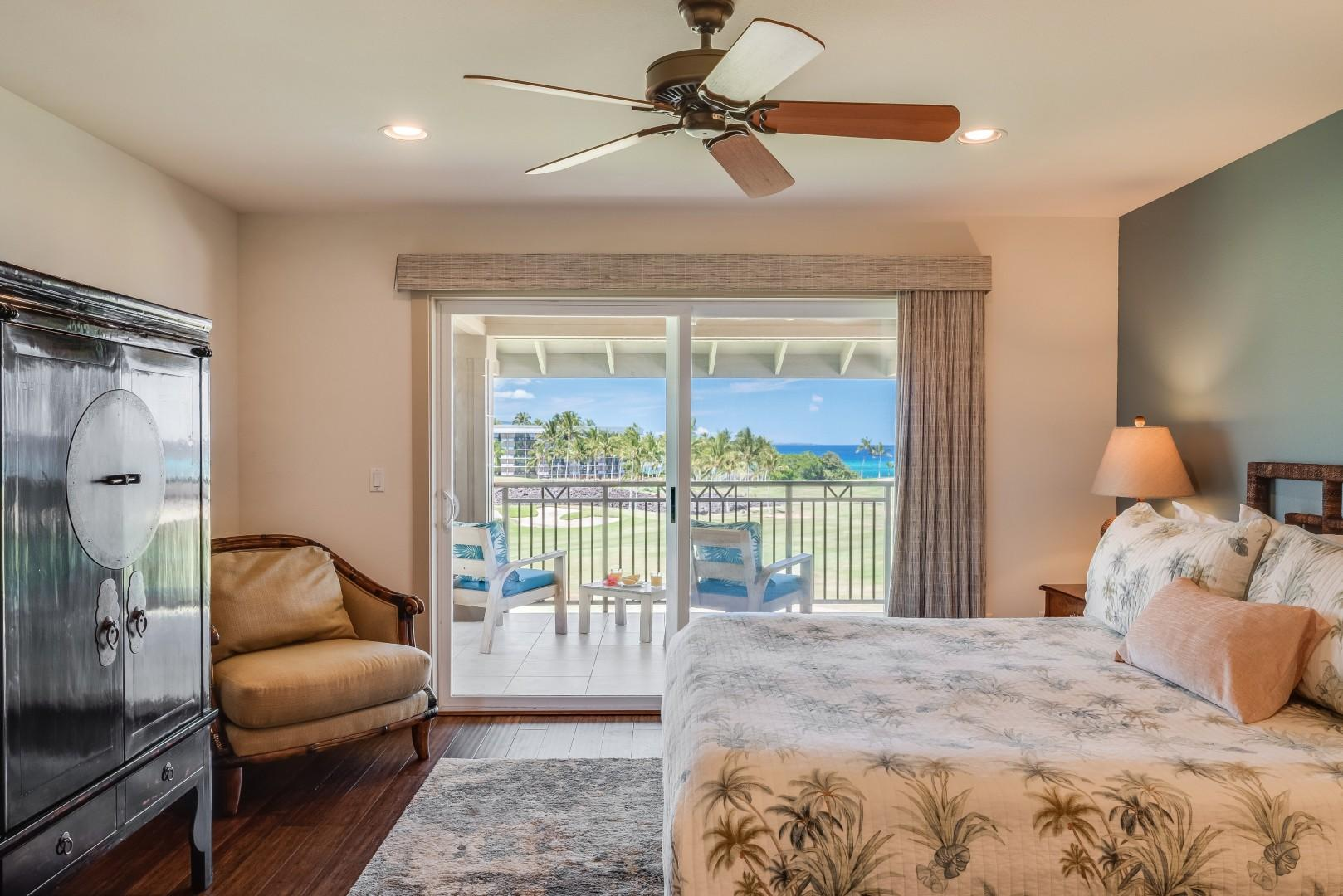 Upstairs master bedroom w/ private lanai, king size bed and flat-screen TV