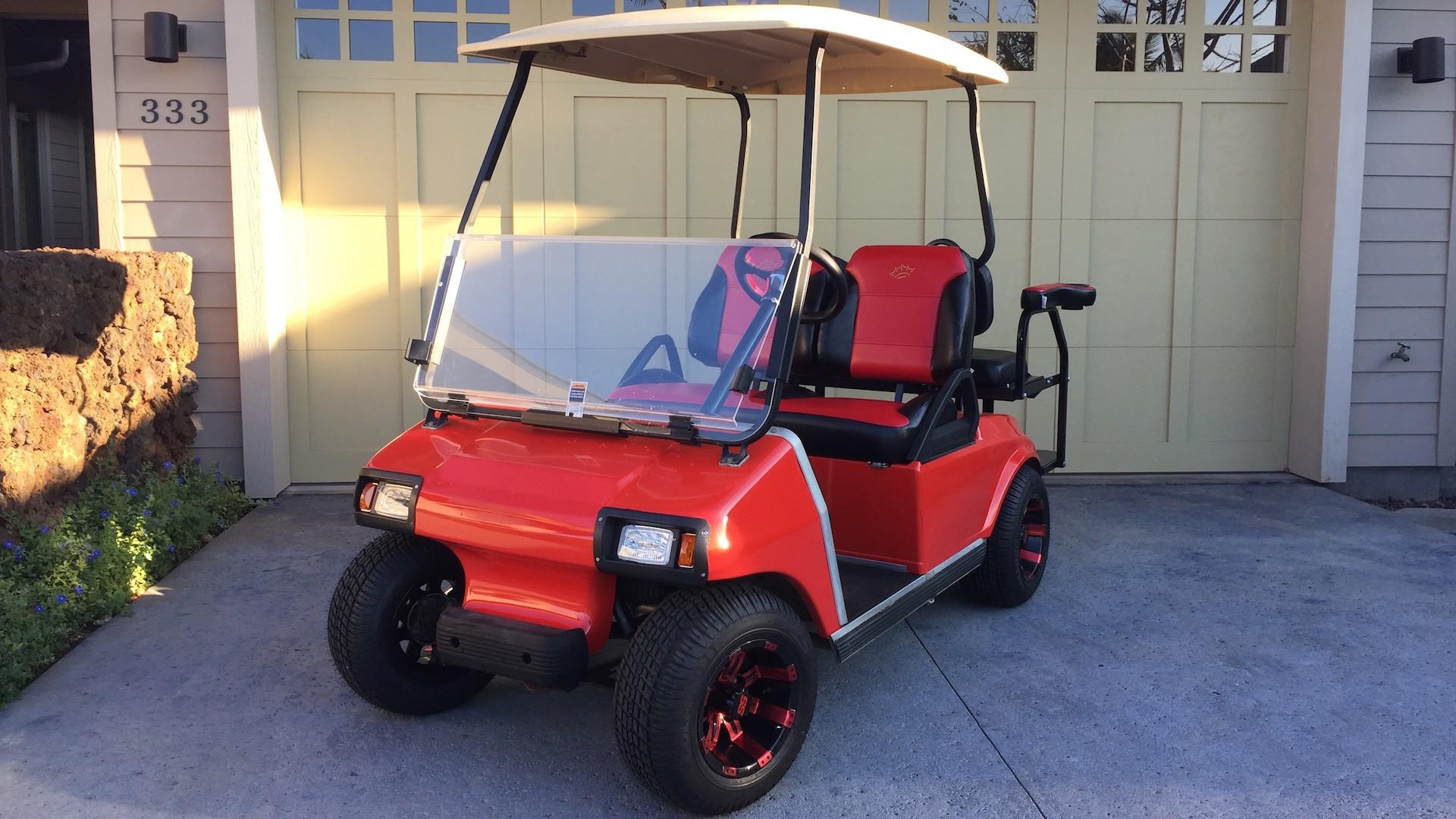 Each rental comes with complimentary use of a four-seater golf cart!