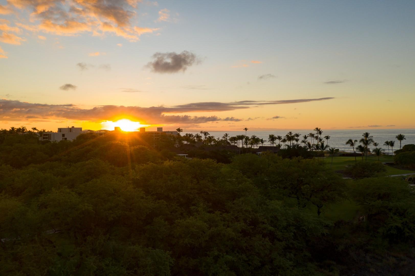 Stunning Hawaiian sunset