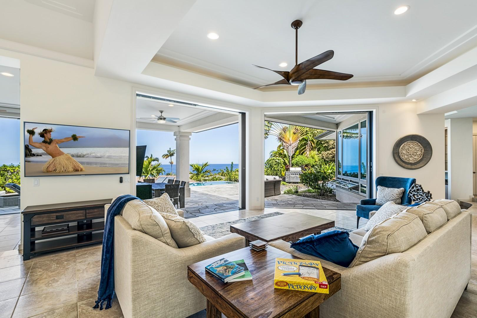 Comfortable living room featuring a Queen pull out sofa and smart TV!