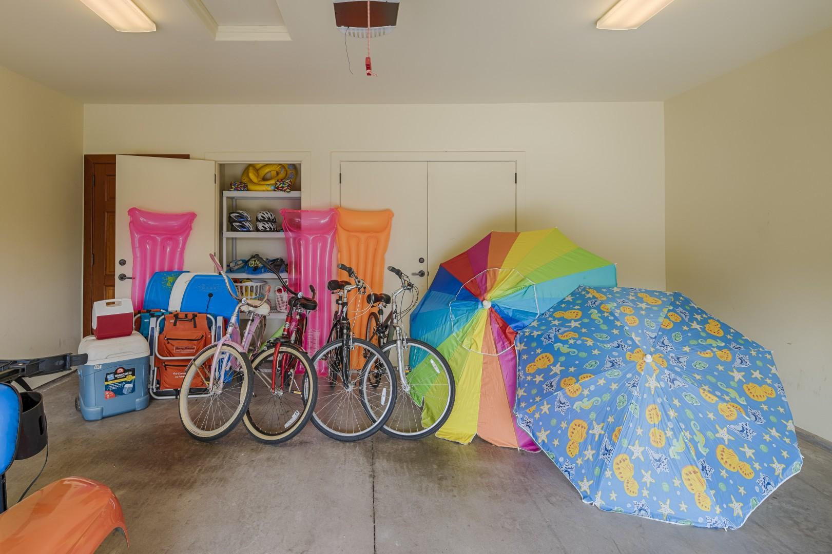 Lots of beach toys, beach bikes and everything you need to make your stay by the beach a memorable one!