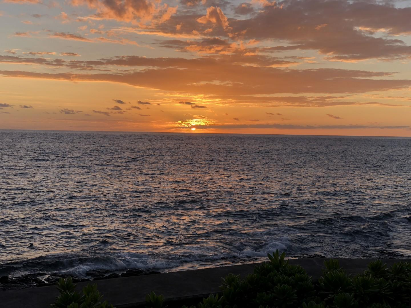 Sunsets every evening from your lanai!