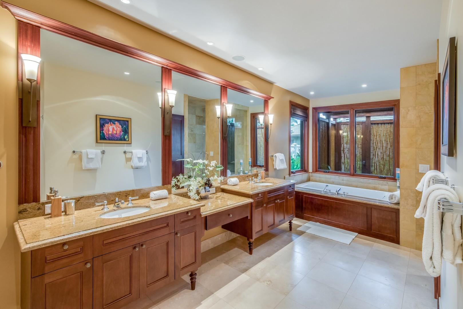 Downstairs Master Bath w/ Dual Vanity, Luxurious Soaking Tub, Glass Shower & Bonus Bamboo Enclosed Outdoor Shower