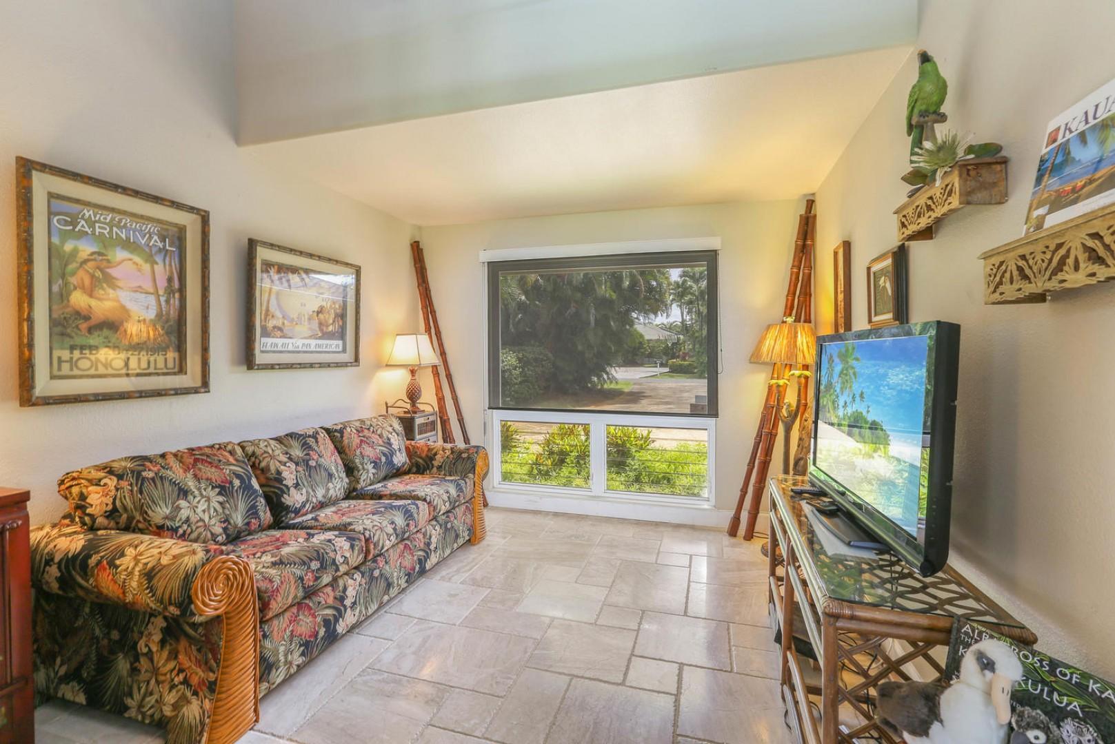 Cozy Bonus Living Area
