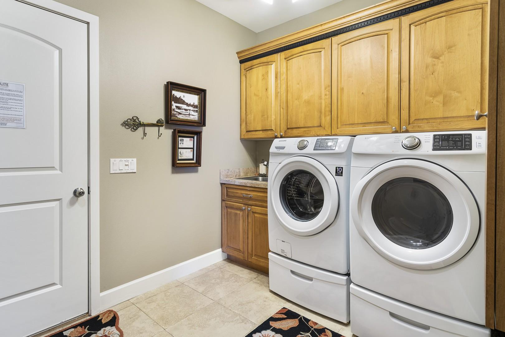 Spacious Laundry room with Garage access