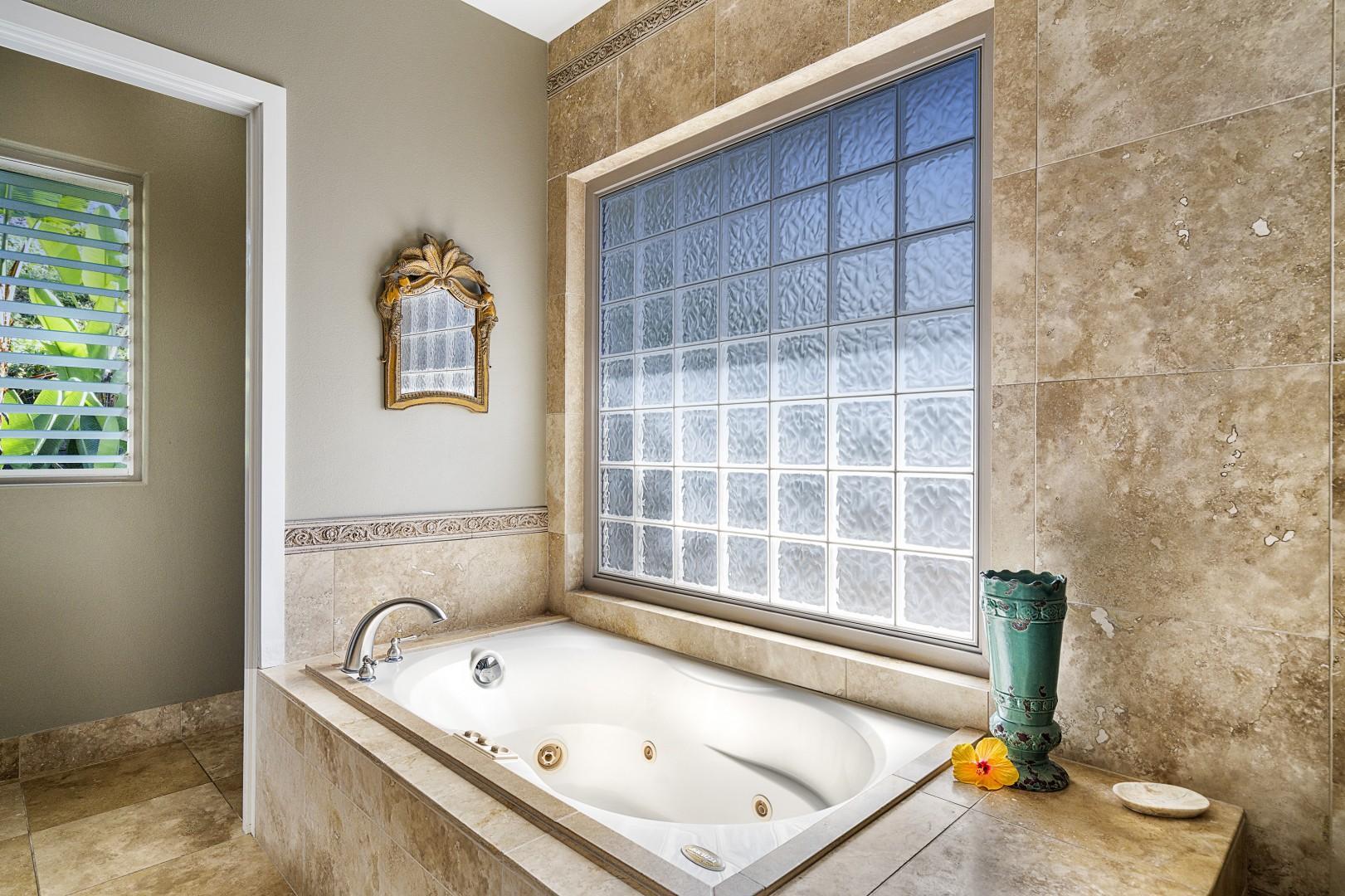 Master bathroom soaking tub!
