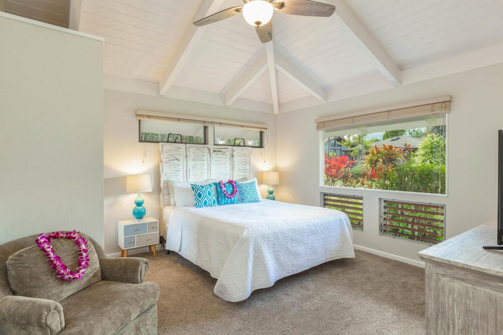 Lovely guest bedroom with a king-size bed