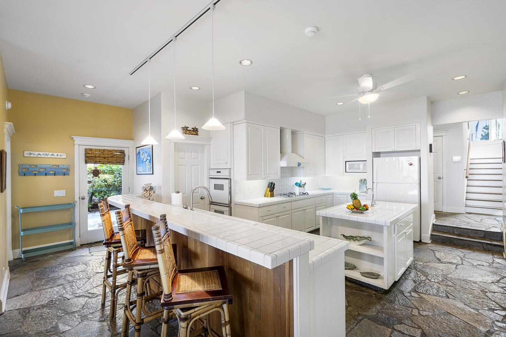 Breakfast bar & massive kitchen!