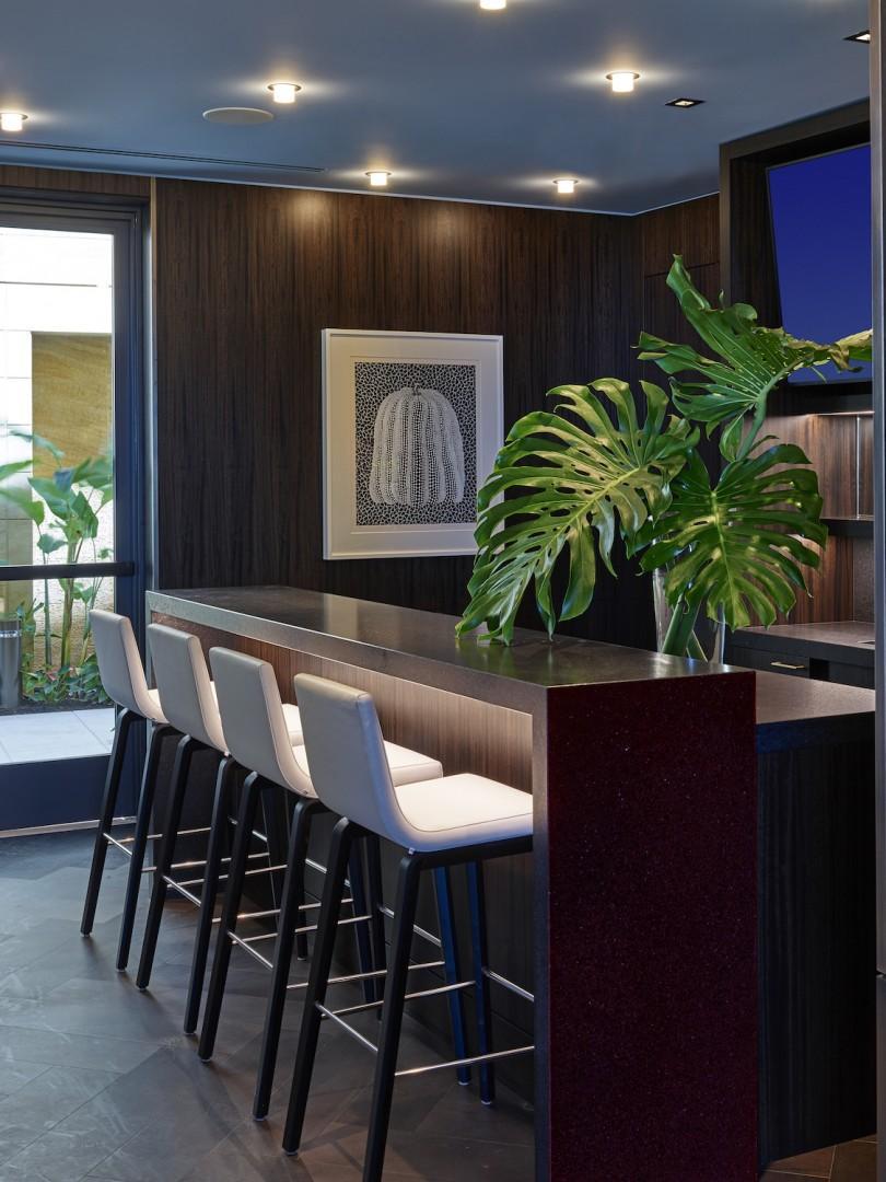 Lounge and Wine Bar