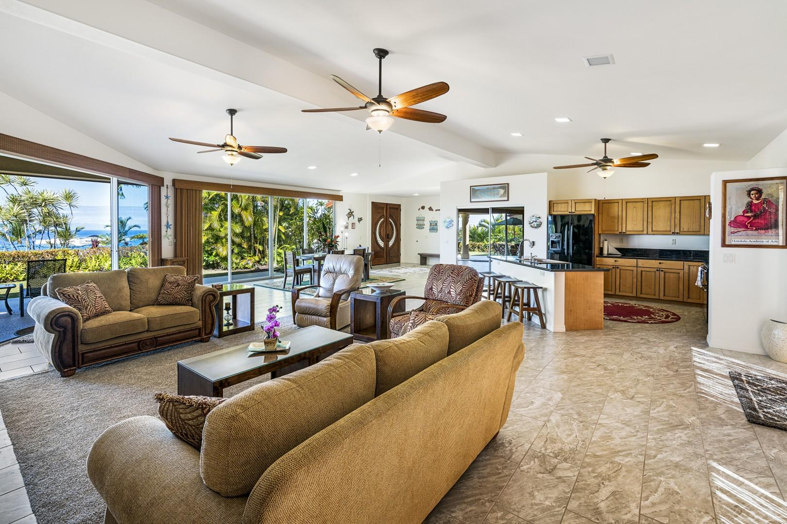 Ceiling fans and Air conditioning throughout