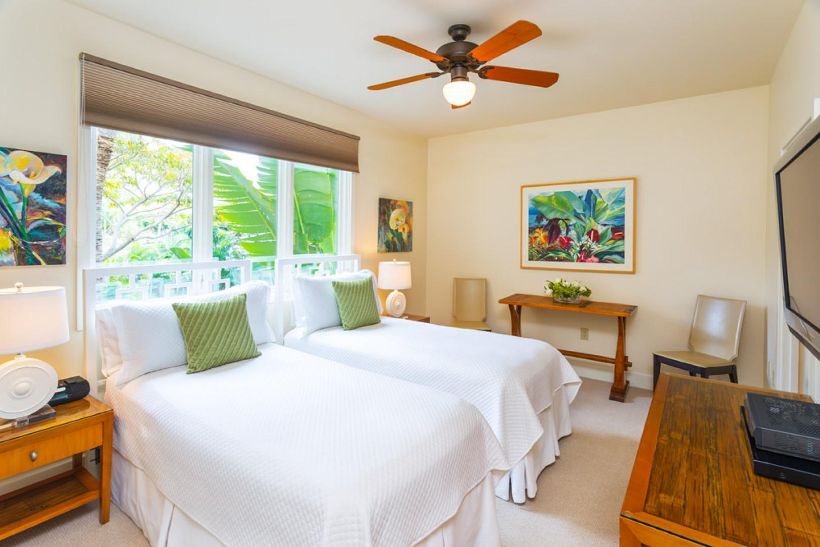 Third bedroom suite, with the flexibility of another king bed or two twin beds.