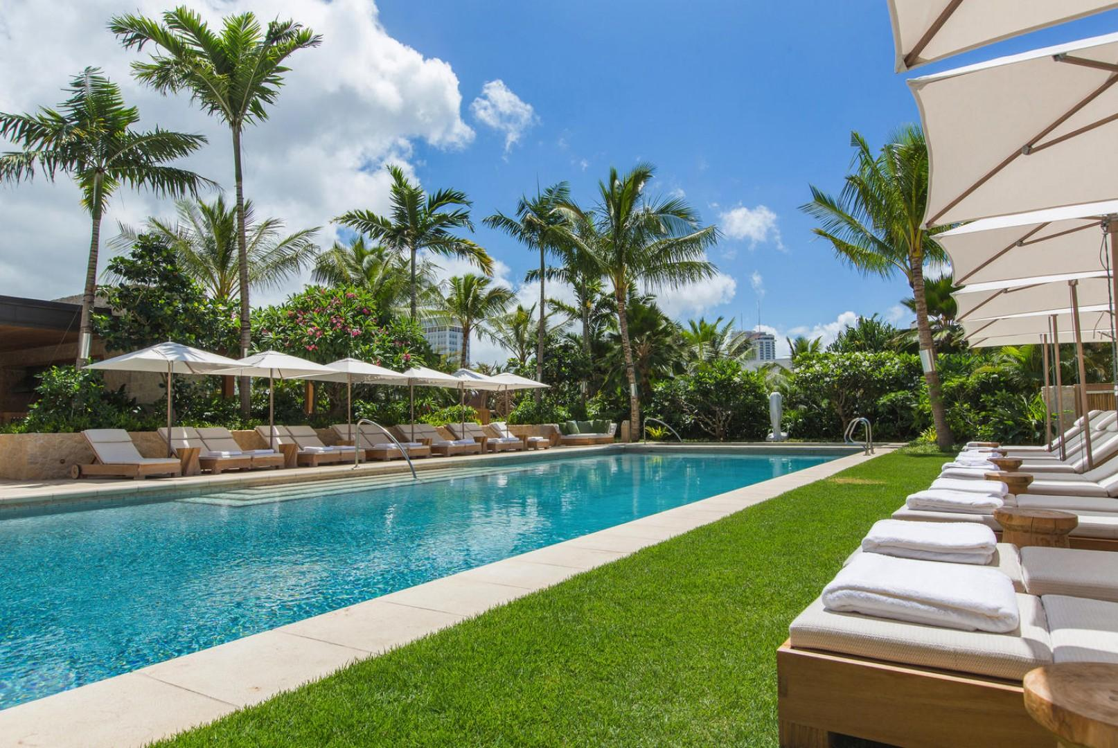 Pool Amenity Deck with Chaise Loungers