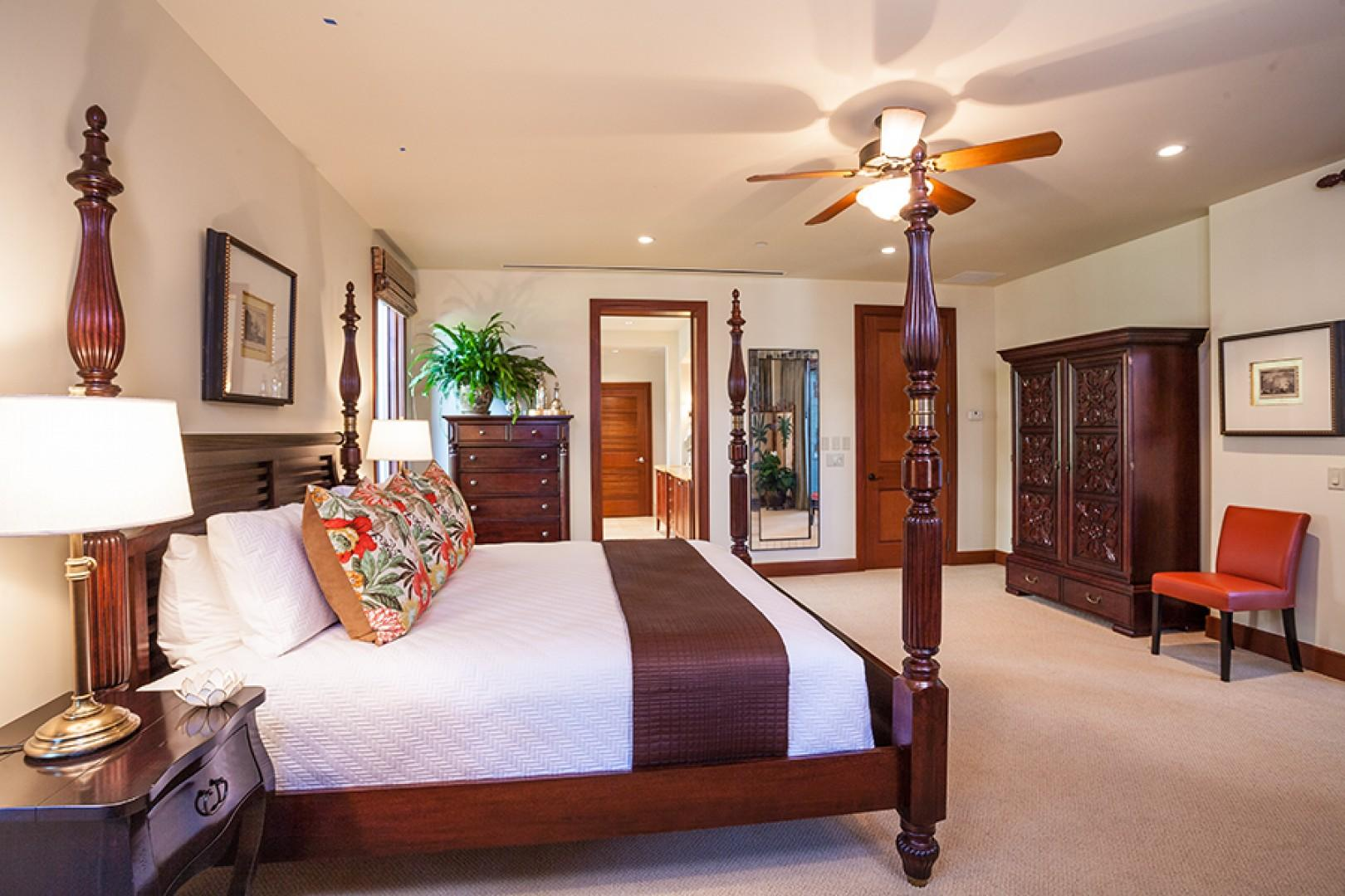 Castaway Cove C201 - Ocean View Master Bedroom with King Bed, Private En-Suite Bath and Direct Access to Ocean View Terrace