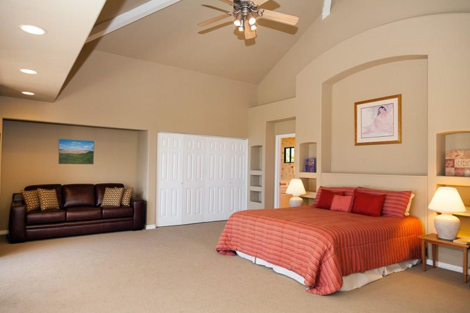 North Master Suite with a King bed and queen size sofa bed