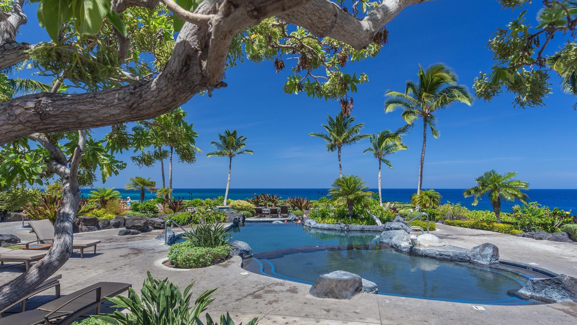 Hali'i Kai Resort's private lagoon-style saltwater pool, oceanfront.