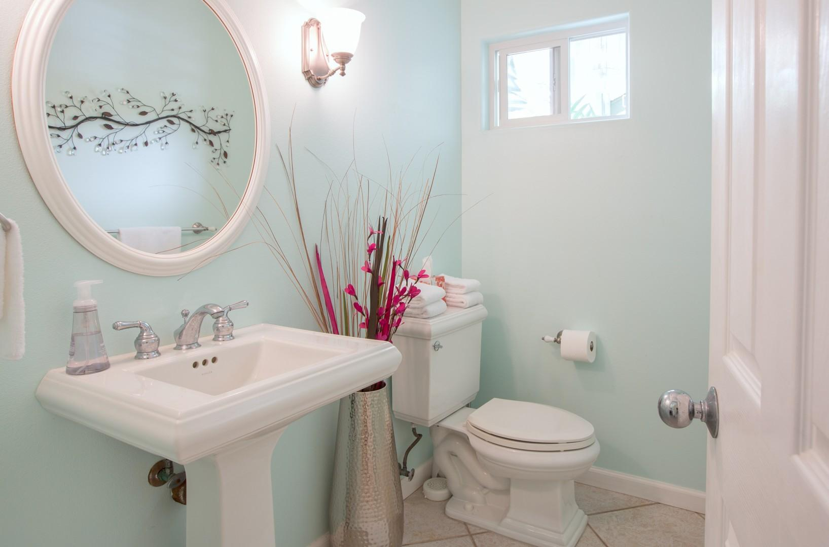 Guest bathroom, located just off the laundry room.