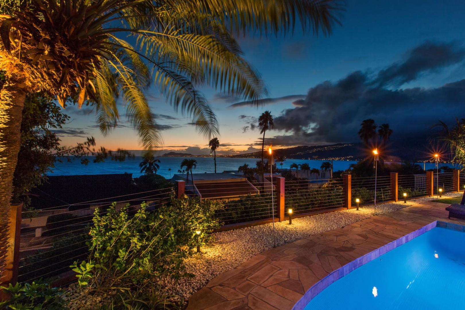 Come relax poolside with breathtaking ocean and Diamond Head views!