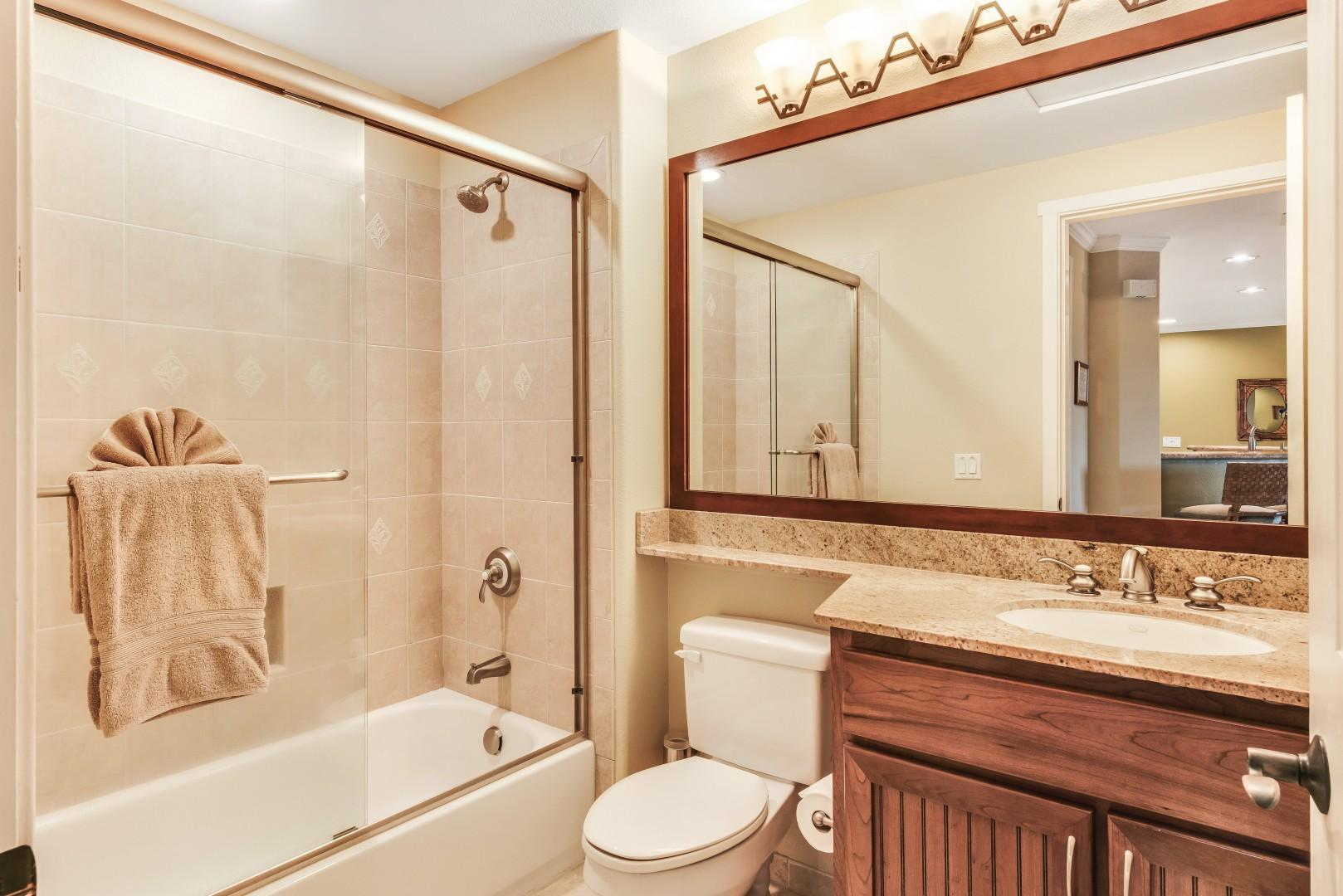 Guest Bath Adjacent to Guest Room w/ Shower/Tub Combo