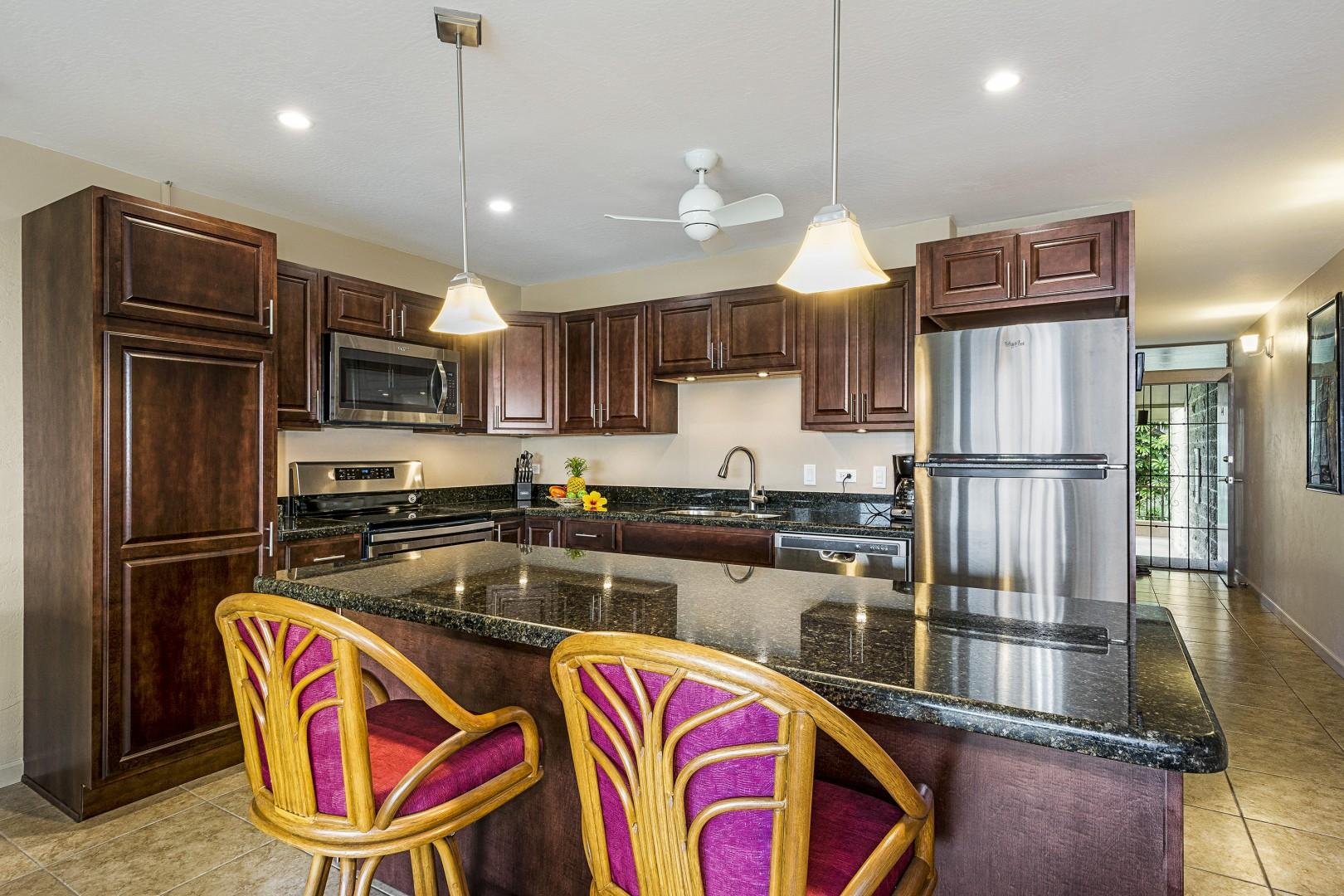 Breakfast bar in this fully equipped Kitchen