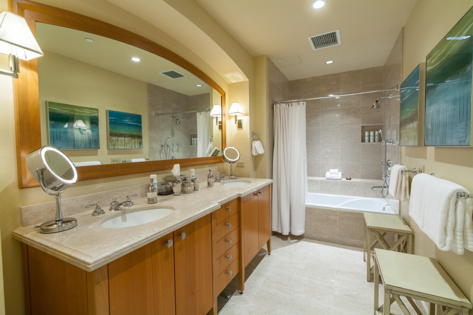 J505 Second Master King Bedroom Bath