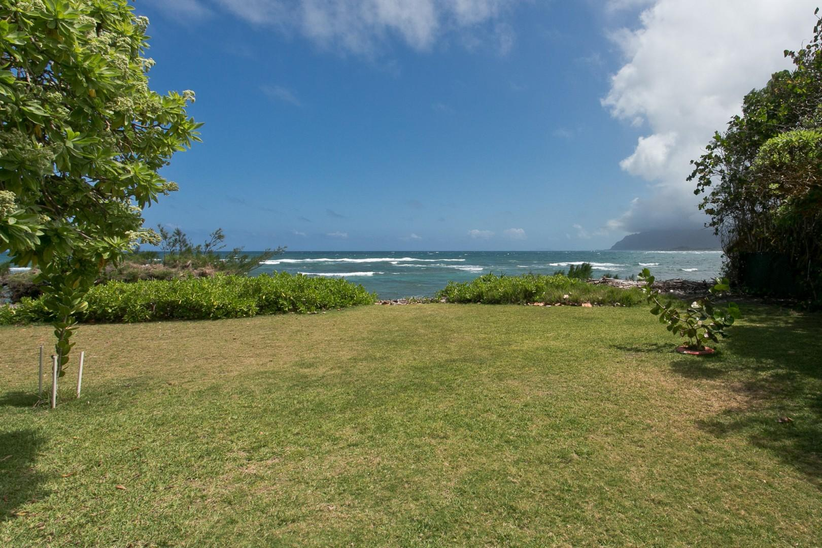 Grand back yard with private beach access (seasonal, due to high tides).