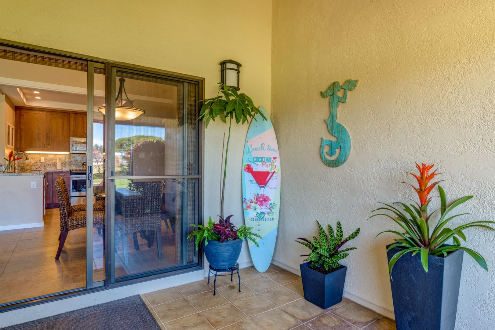 3 different sliding doors to access the lanai