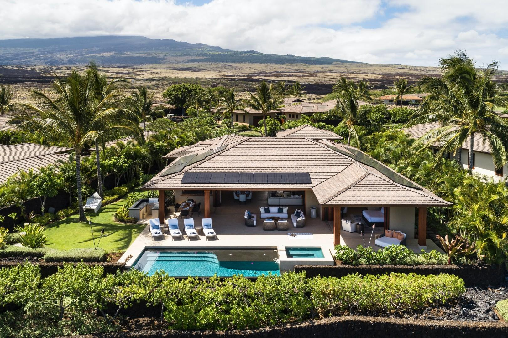 Aerial view showcasing premiere location, private yard and expansive lanai.