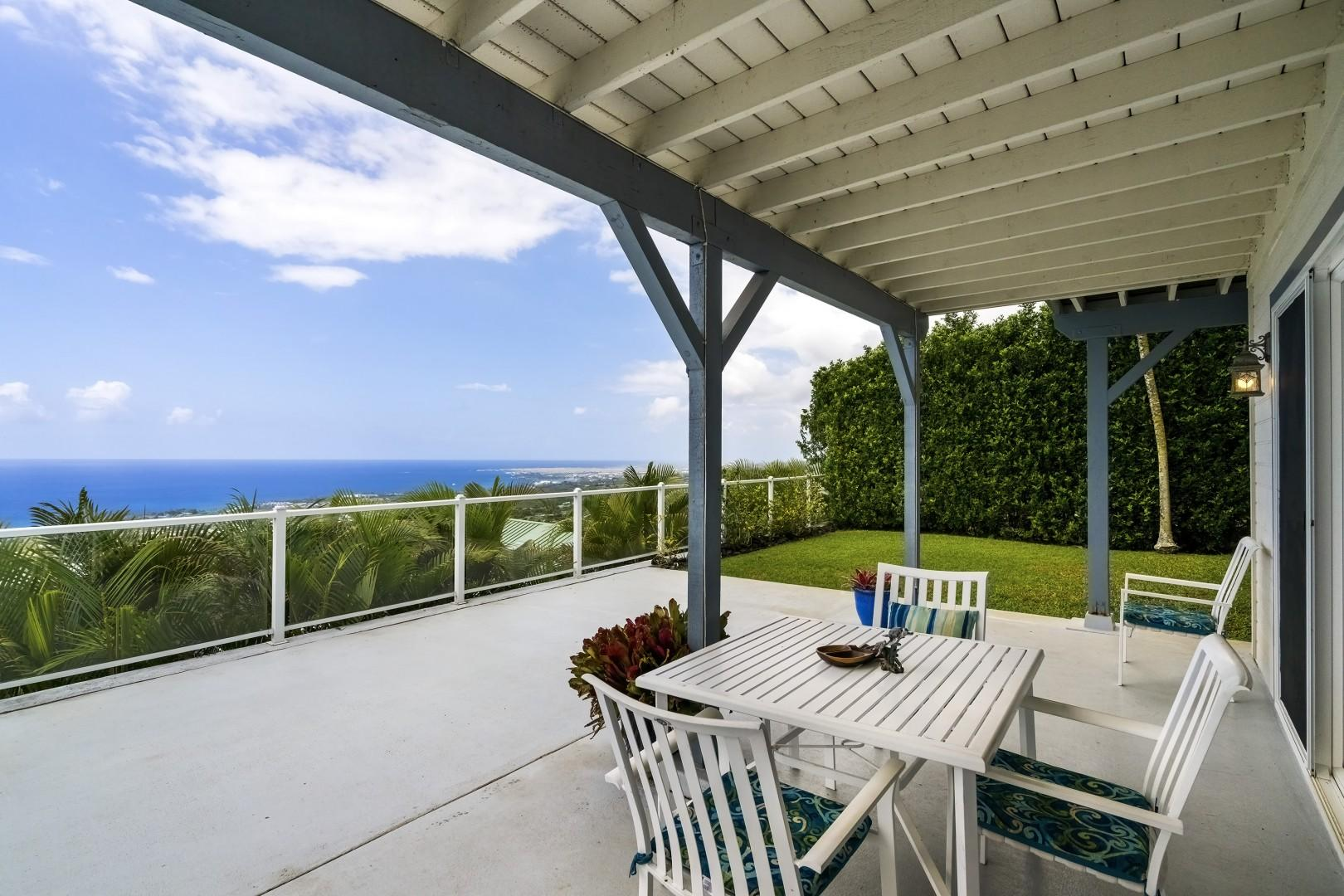 Lower Lanai with expansive Ocean views