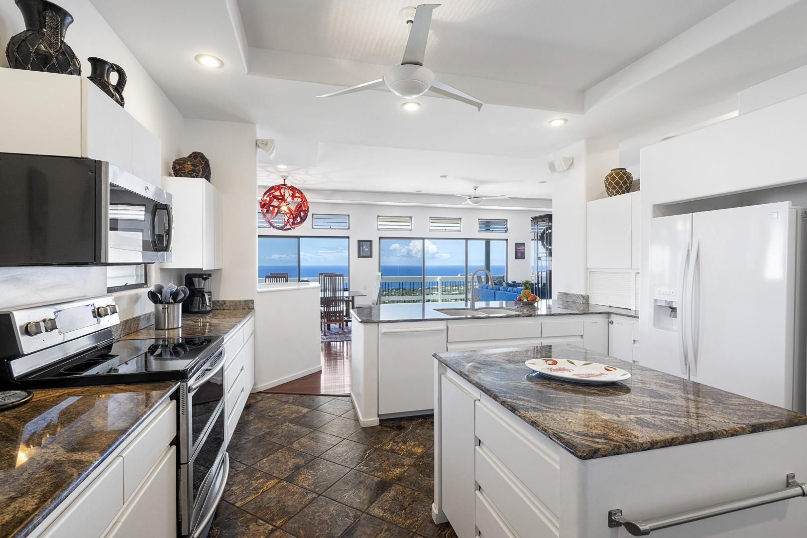 Wash dishes with a view of the Pacific!