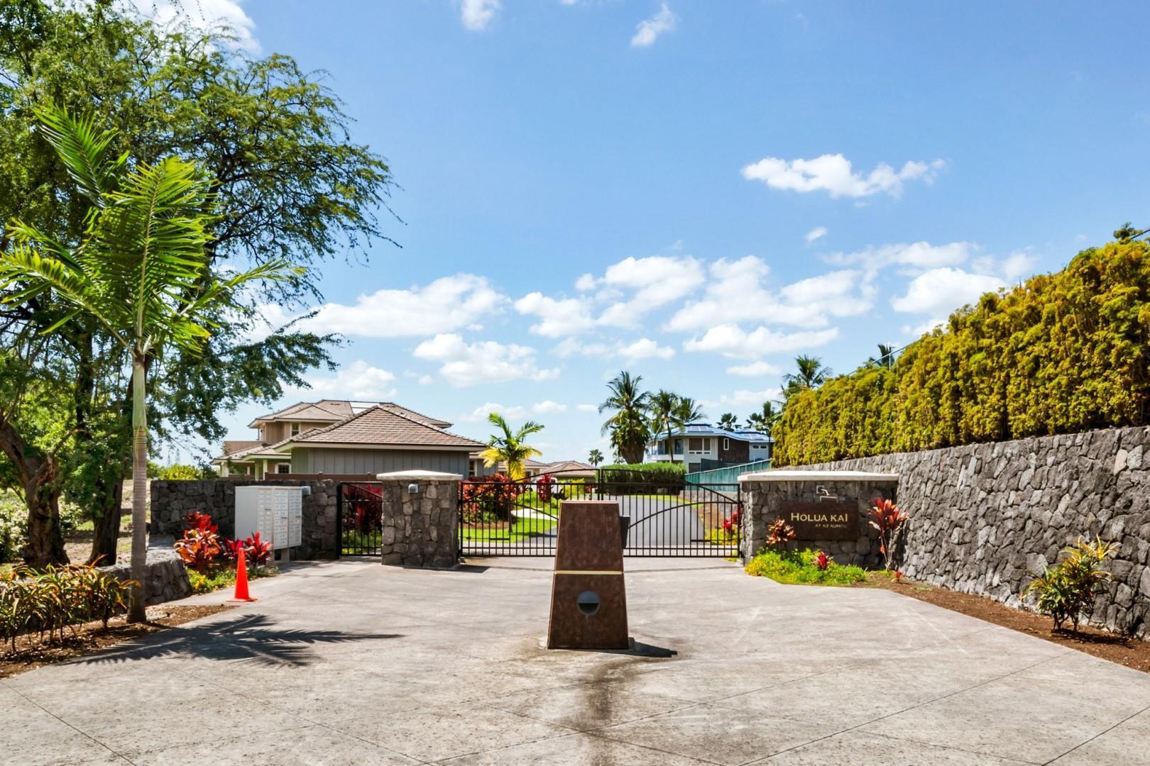 Holua Kai gated entry