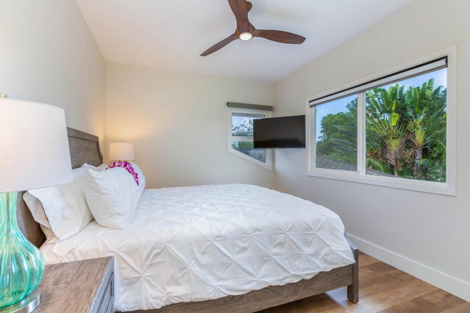 Guest suite (bedroom three, upstairs)