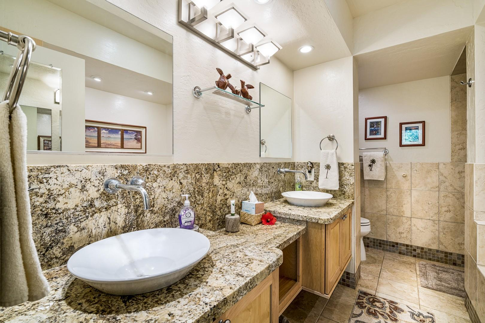 High end finishes in the fully remodeled Master bath!
