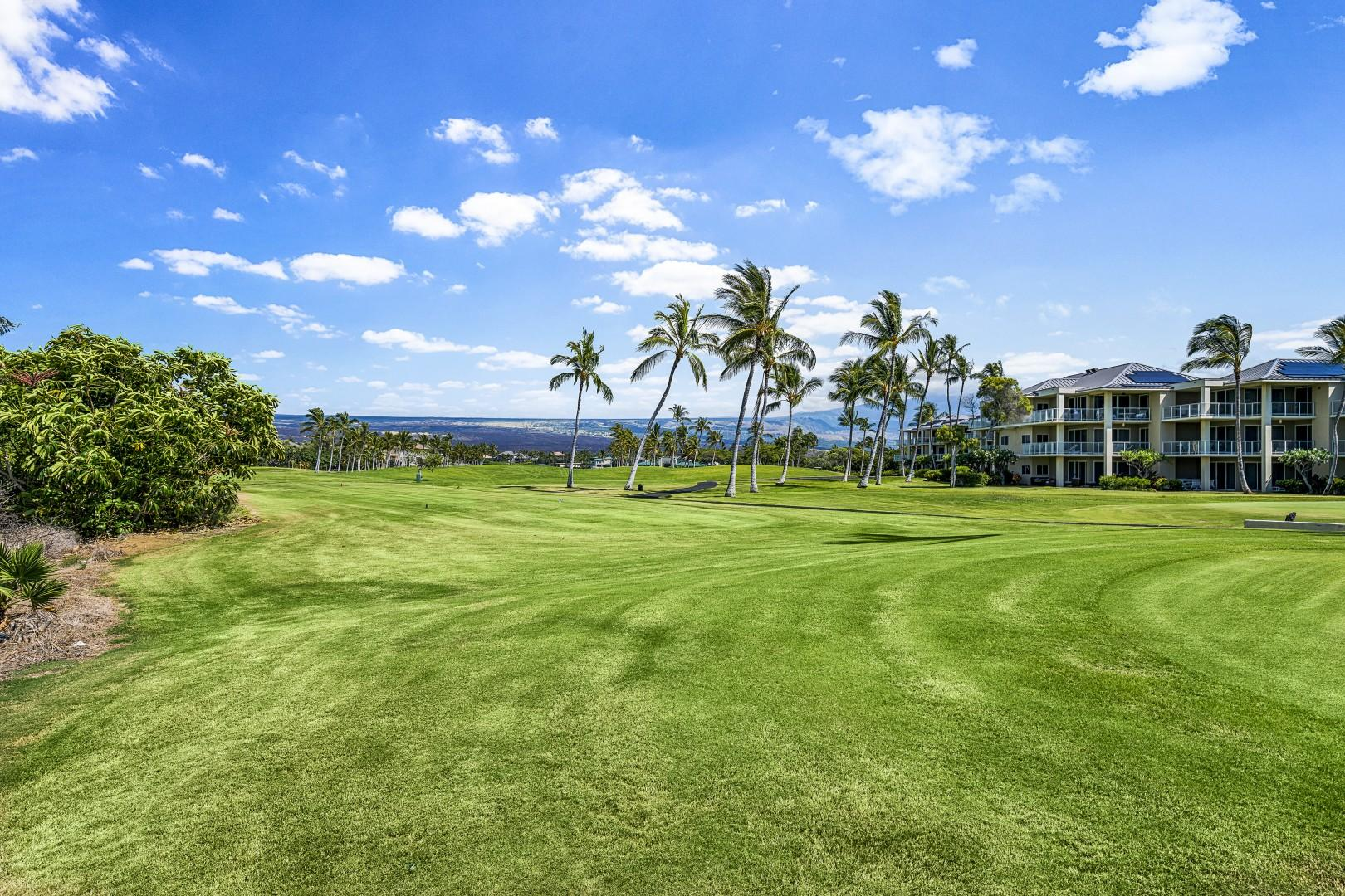 Waikoloa Beach course within walking distance