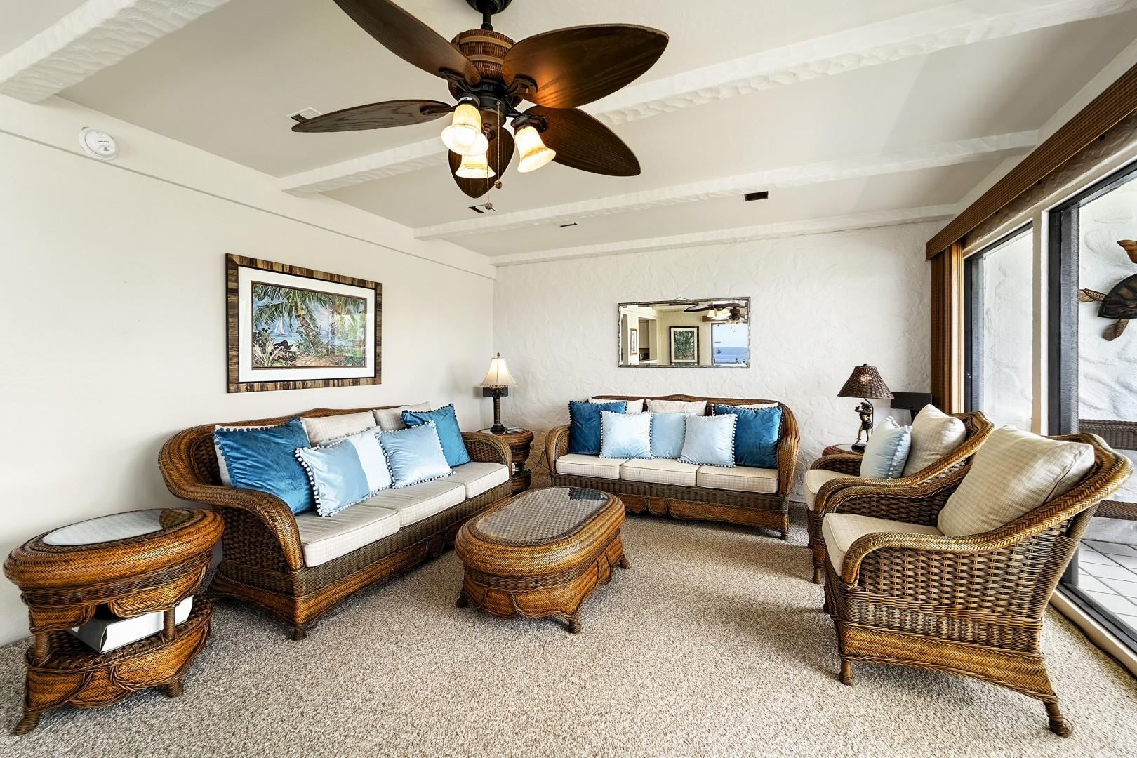 Comfortable Hawaiian styling throughout!