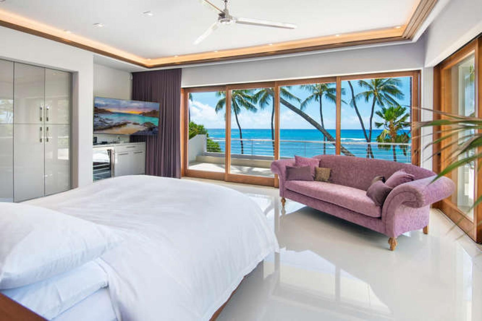 Master - Large master bedroom with amazing ocean views!