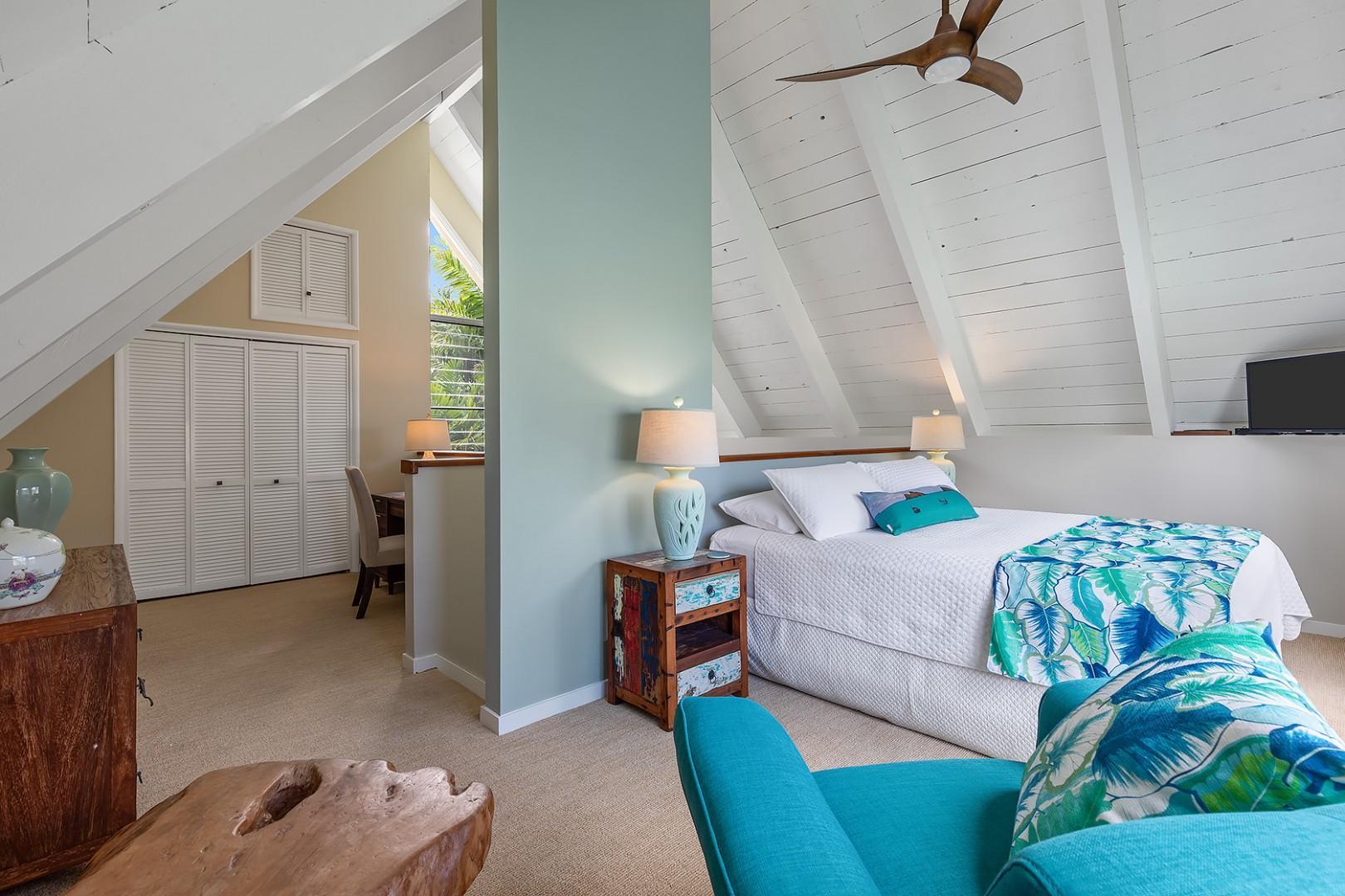 Pool House - Master Bedroom