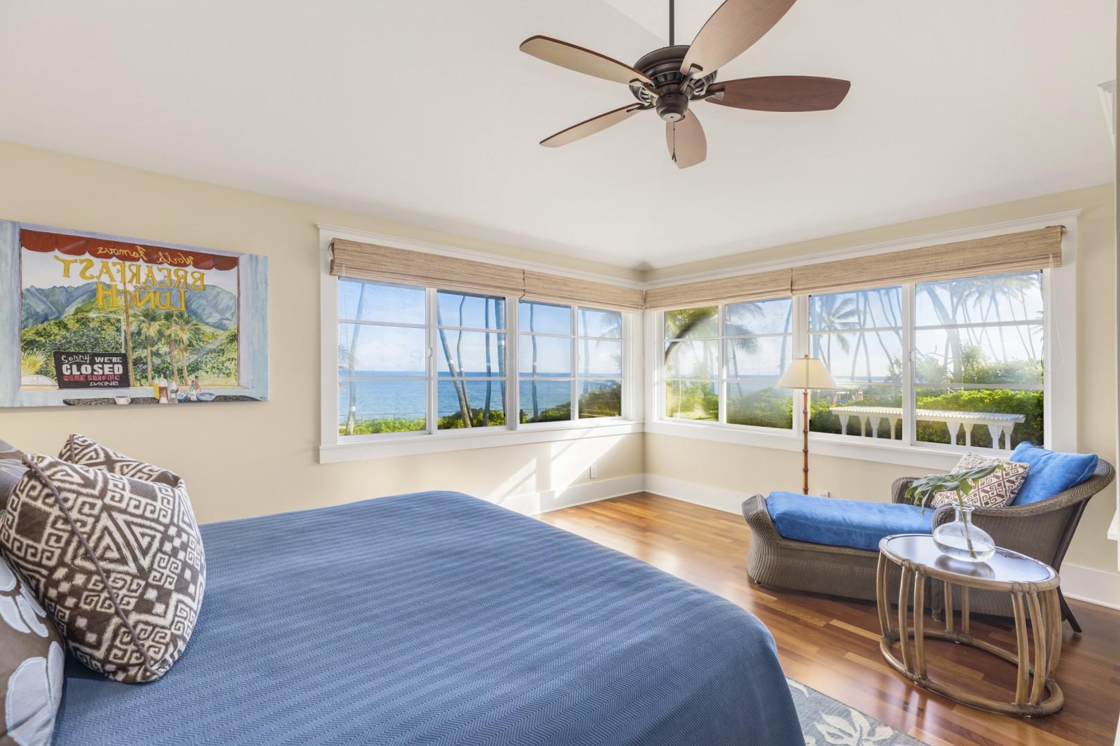 Third upstairs guest bedroom - Seastar Suite
