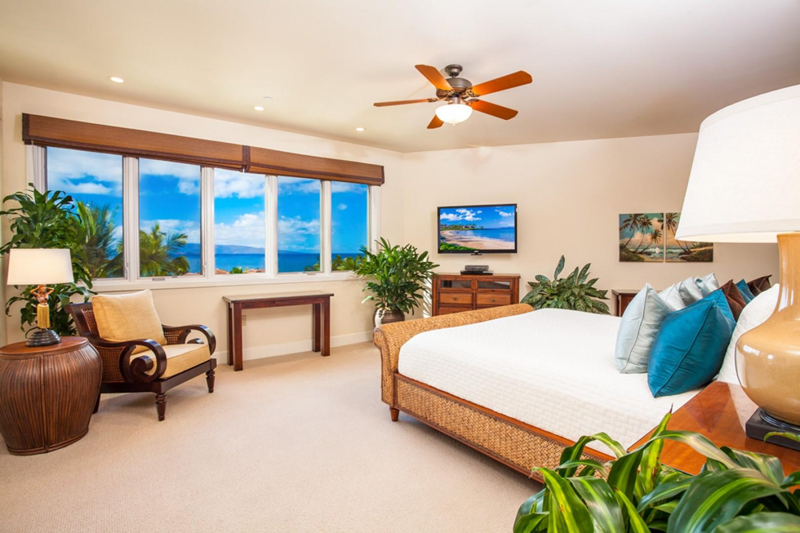 Blue Horizons K308 - Ocean View Master Bedroom with King Bed, Original Art, Updated Tropical Decor, HDTV, HD Cable, CD/DVD