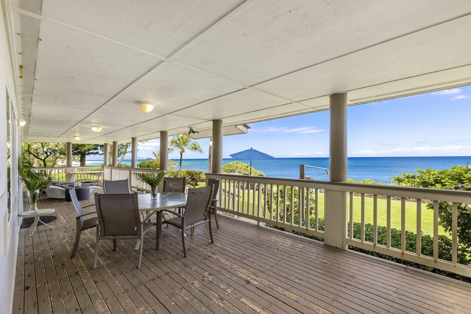 Downstairs lanai with outdoor dining area.