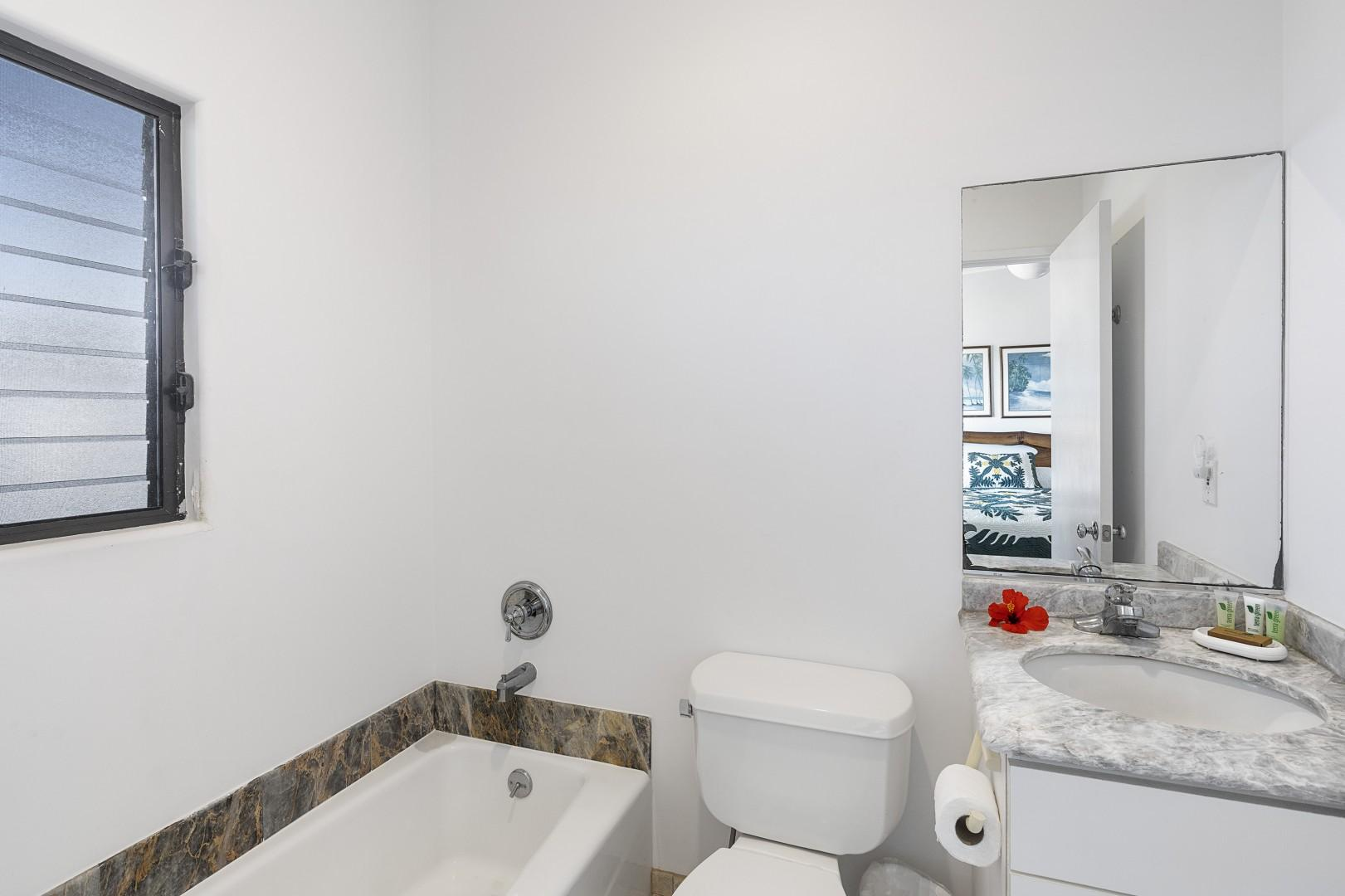 Full bathroom with Tub only