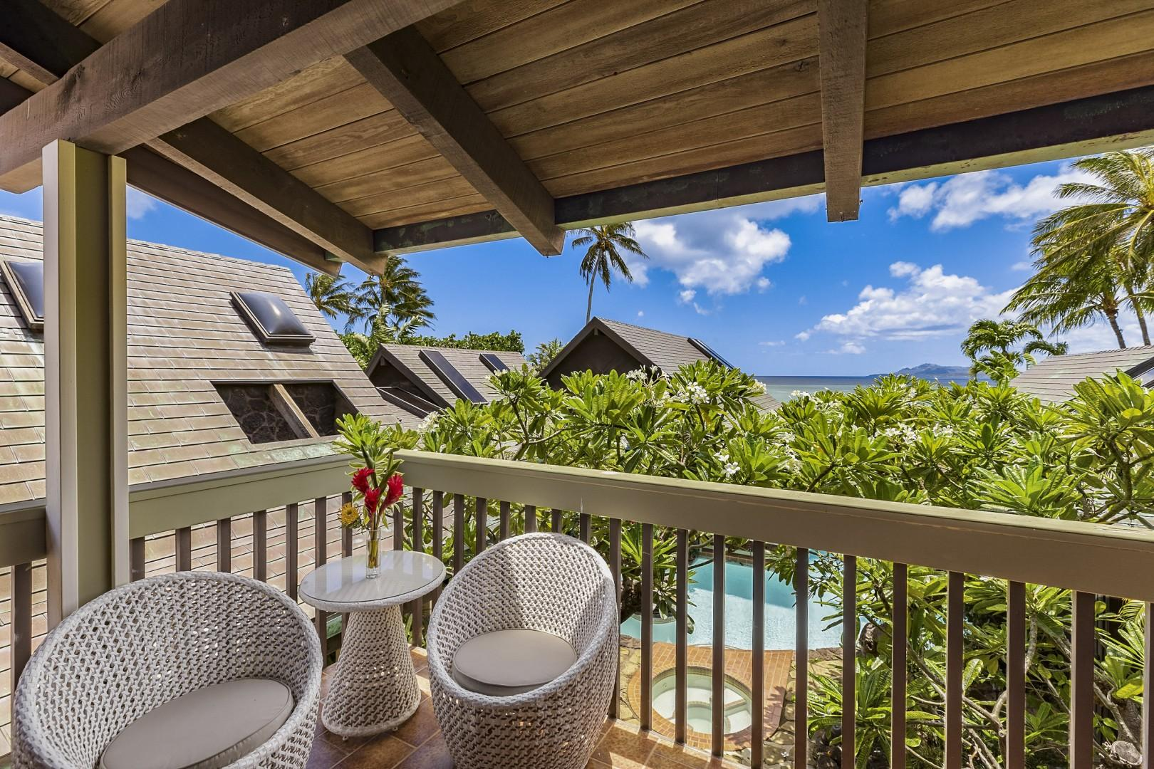 Upstairs Lanai that connects 2 Guest Bedrooms, each with their own lounge seating area.