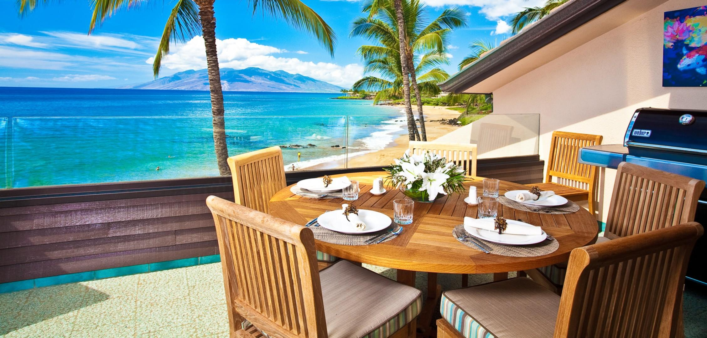 Outdoor Dining For Six at Sunny Surf E301 at Makena Surf Resort with BBQ and Beautiful Sunsets and Moonsets