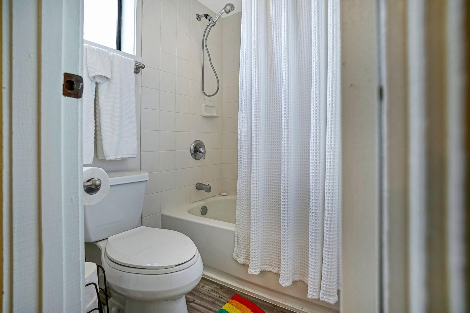 Each bath has a tub/shower combination