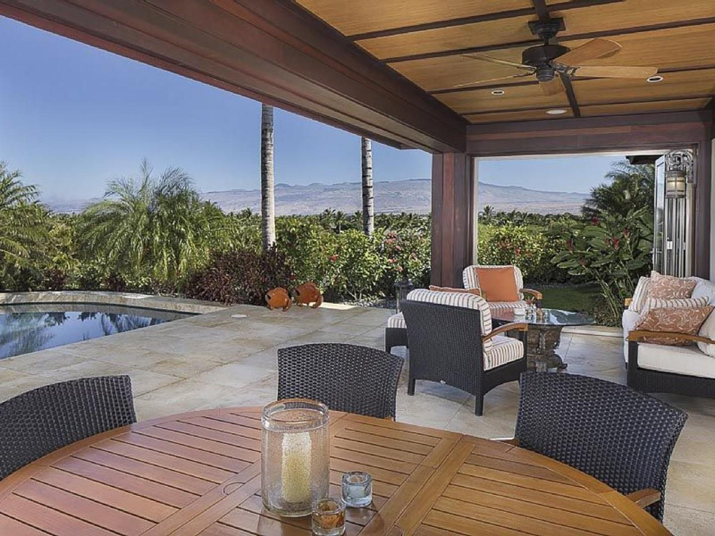 Outdoor Dining Area and Cabana
